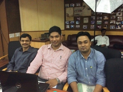 Vikram-Solar-Team-Manufacturing-1